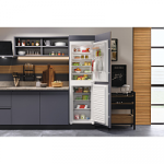 Hotpoint HMCB5050AA Integrated Fridge Freezer