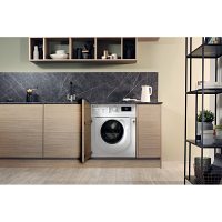 Hotpoint BIWMHG71483UKN Built In Washing Machine