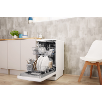 Indesit DSFE1B10UKN Slimline Freestanding Dishwasher