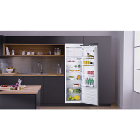 Hotpoint HSZ18011 Built In Tall Icebox Fridge
